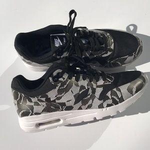Nike AirMax 1 Ultra SP black/white SZ 71/2